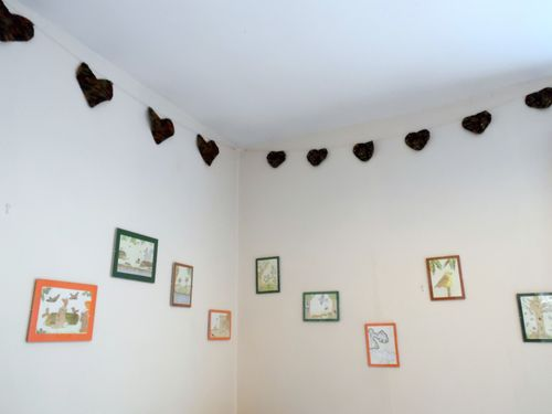Bunting and Pictures